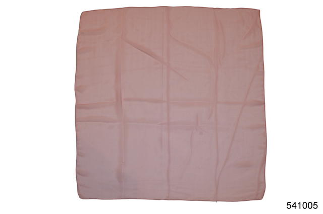 Однотонный бледно-розовый легкий шифоновый платок 2
