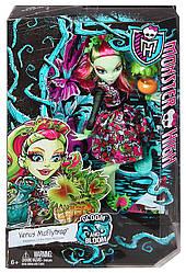 Monster High Venus Mc Flytrap из серии Gloom and Bloom  Монстер Хай Венера МакФлай Мрак и цветение