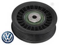 Ролик натяжителя ремня генератора ребристый 2.5TDI Volkswagen Сrafter 2006- VAG