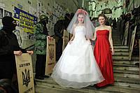 Вечерние и свадебные платья пошив. Пошив одежды по индивидуальным заказам