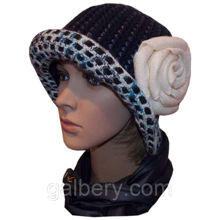"""В'язана жіноча капелюх """"Троянда"""" c елементами шкіри"""