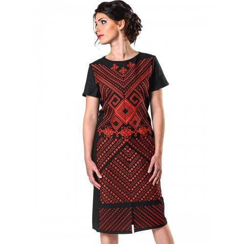 Льняное черное платье с вышивкой Скифский орнамент