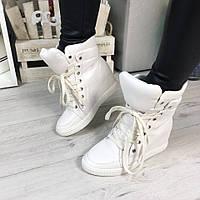Женские  сникерсы на танкетке 7 см, эко кожа, белые / кроссовки  сникерсы женские 2017, на шнуровке, модные