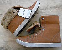 Стильные демисезонные ботинки / теплые кеды. Размер 37