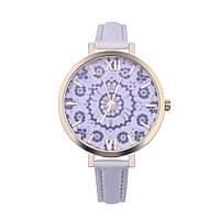 Нежные оригинальные женские часы , белые