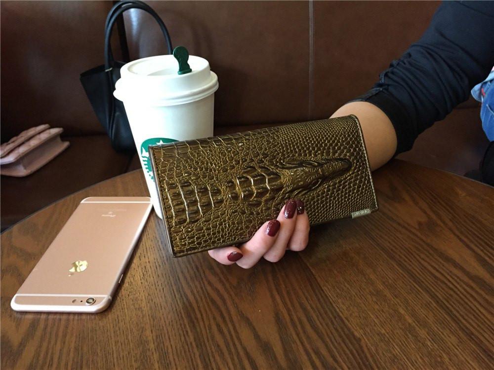 Кожаный женский кошелек золотой
