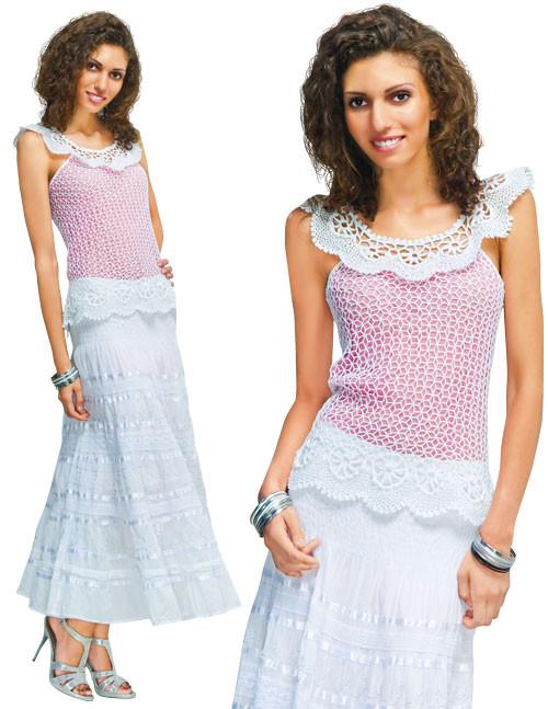 Блуза  белая с круглой кокеткой и каймой