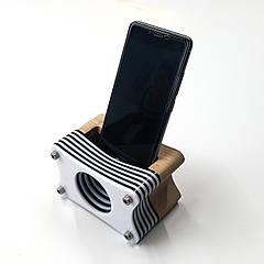 """Акустическая подставка """"Резонатор"""" для смартфона"""