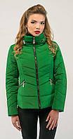 Короткая осенняя куртка зеленая 46 весна/осень