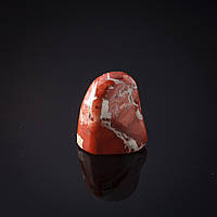 Камень натур. Сувенир, на вес Яшма красная
