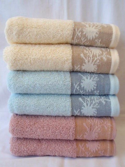 Домашний текстиль: полотенца,постельное белье,махровые простыни, пледы, покрывала.