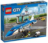 LEGO® City ПАССАЖИРСКИЙ ТЕРМИНАЛ В АЭРОПОРТУ 60104