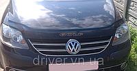 Дефлектор капота (мухобойка) Volkswagen Golf Plus 2005-2014, на крепежах