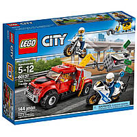 Конструктор LEGO City Побег на буксировщике (60137)