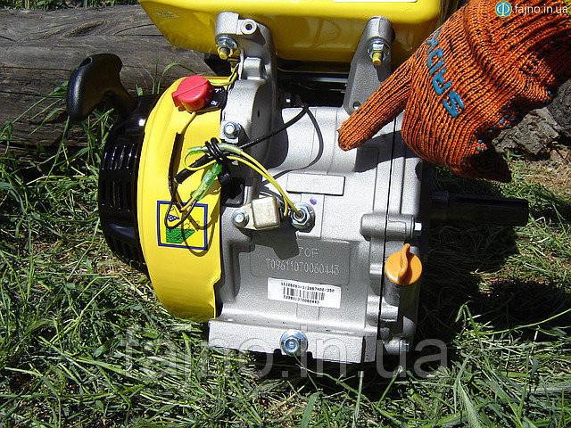 датчик уровня масла на двигателе Sadko фото
