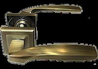 Ручка на квадратной розетке Mongoose H-890 MAB
