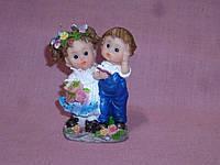 Пара мальчик и девочка статуэтка фигурка сувенир 8 сантиметров высота