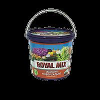 Многокомпонентное гранулированное удобрение универсальное для овощей, плодово-ягодных и декоративных растений