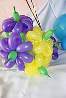 Цветок ромашка из воздушного шарика