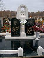 Надгробная скульптура из мрамора