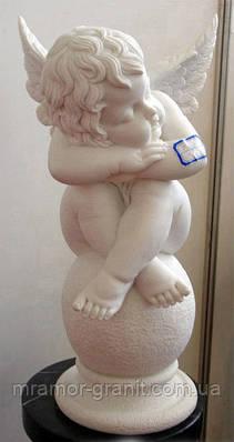 Скульптура ангелочка