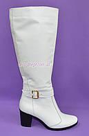 Сапоги женские кожаные, белого цвета, 40 размер в наличии