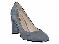 Женские замшевые классические туфли-лодочки на толстом каблуке (серые)