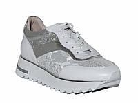 Женские кожаные кроссовки с гипюром (белые)