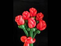 Бутон розы из воздушных шаров