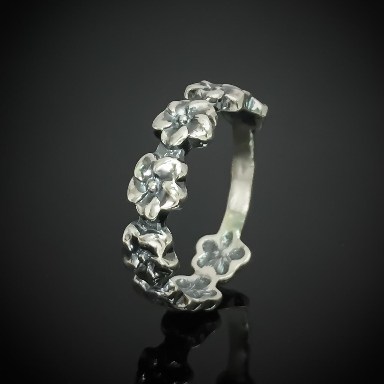 Серебряное кольцо Венок