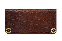 Красивый и надежный кожаный кошелек с тиснением.