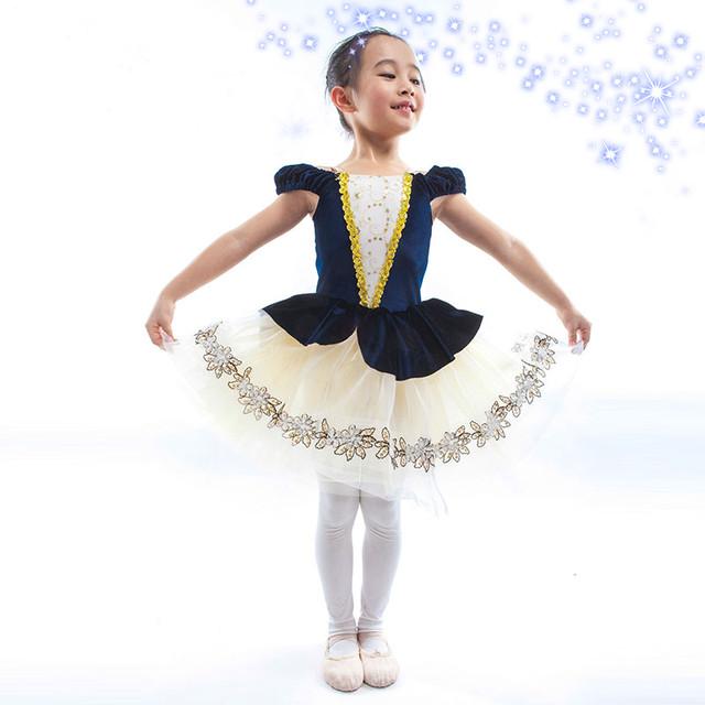Дитячі пачки для танців та балету