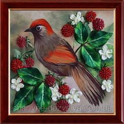 """Набор для вышивания атласными лентами """"Птичка на ягодной ветке"""""""