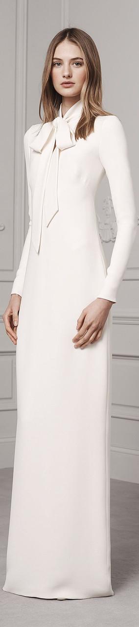 Длинное элегантное платье из трикотажа