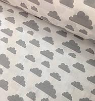 Хлопковая ткань польская облака серые большие и маленькие на белом