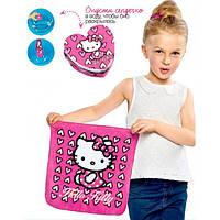 50248 Avon. Детское прессованное полотенце Hello Kitty. Эйвон 50248.