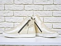 Ботинки хайтопы из натуральной кожи жемчужного цвета в спортивном стиле