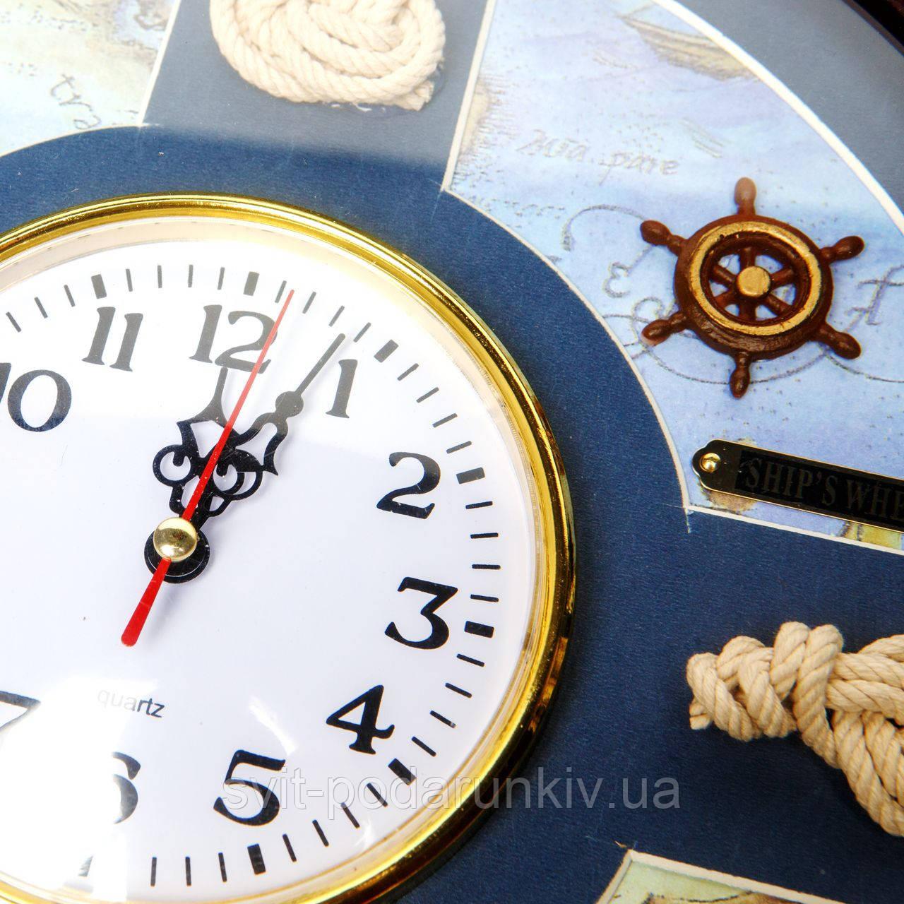 часы с морской тематикой