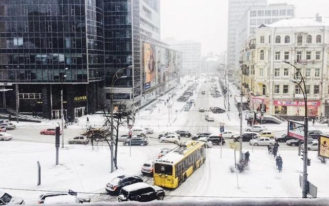 И снова виноват Кличко: соцсети взорвались шутками по поводу снега в Киеве
