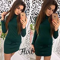 Женское однотонное платье из трикотажа зеленого цвета