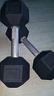 Гантель стальная неразборная весом 9 кг