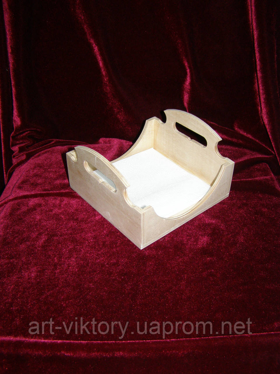 Салфетница под малую салфетку (14,5 х 14,5 см)