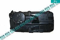 Крышка ( клапанная ) головки блока декоративная A6110161724 Mercedes SPRINTER 2000-2006, Mercedes SPRINTER 2006-, Mercedes VITO W638 1996-2003,