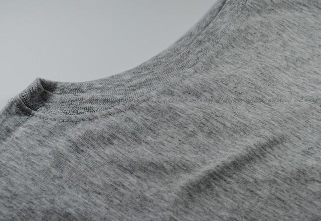 Серо-лиловая мужская футболка без рукавов
