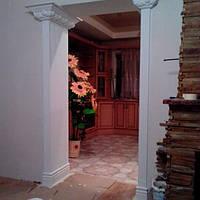 Оформление дверных проемов полиуретановой лепкой, компания «ГрандСервис-Групп», фото 1