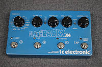 T.c.electronic FlashbackX4 Delay and Looper