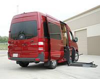 Автобус для перевозки людей с ограничеными физическими возможностями