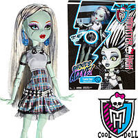 Кукла Монстер Хай Фрэнки Штейн Она живая Monster High Frankie Stein It´s Alive Френки