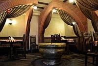 Декор стен в ресторане