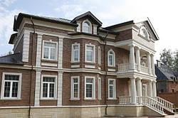 Создание архитектурного фасадного декора с помощью лепнины из гипса и пенопласта